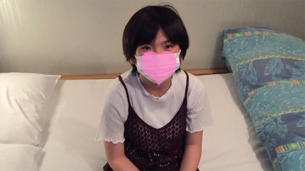 FC2 PPV 1123358 Natsu 18-year-old, raw. Facials to club girls with black hair short